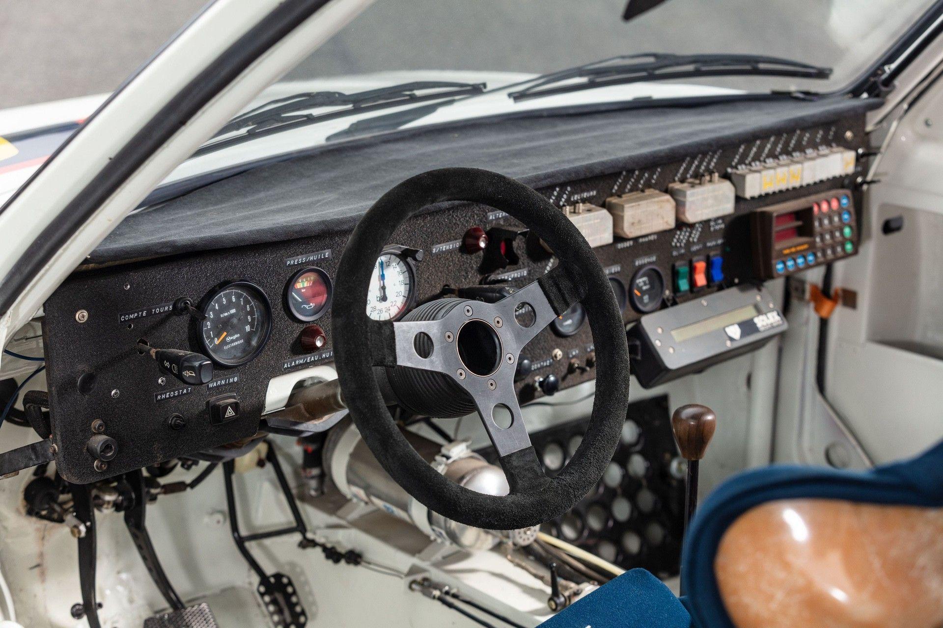 1985_Peugeot_205_Turbo_16_Evolution_2_sale-0024
