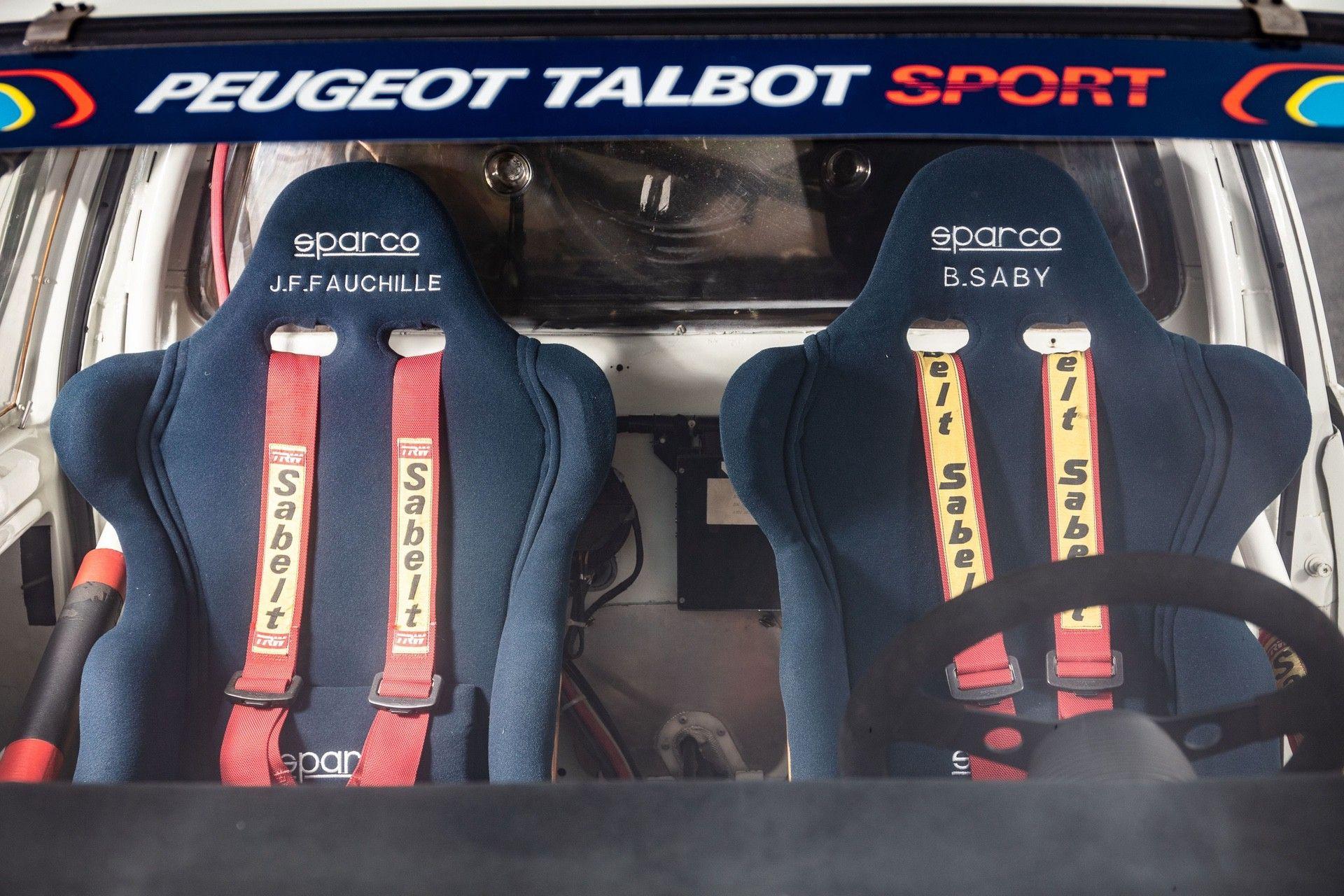 1985_Peugeot_205_Turbo_16_Evolution_2_sale-0031