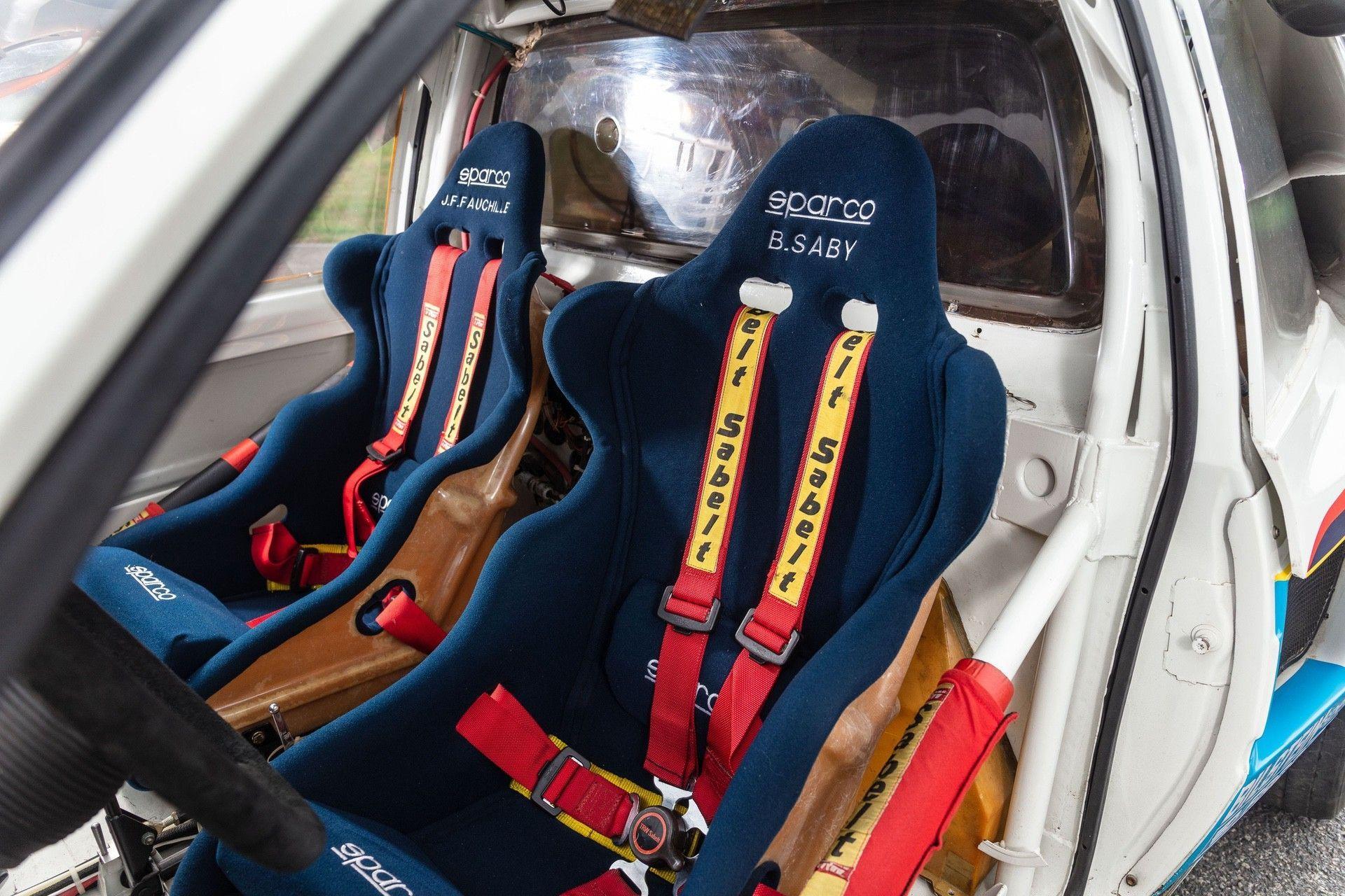 1985_Peugeot_205_Turbo_16_Evolution_2_sale-0032