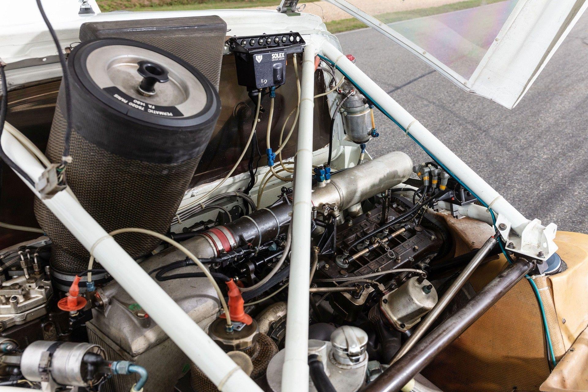 1985_Peugeot_205_Turbo_16_Evolution_2_sale-0038
