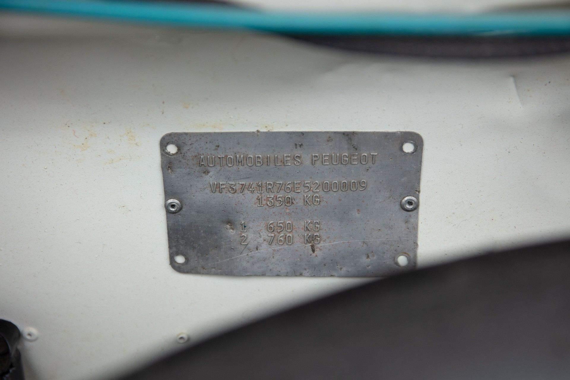 1985_Peugeot_205_Turbo_16_Evolution_2_sale-0047