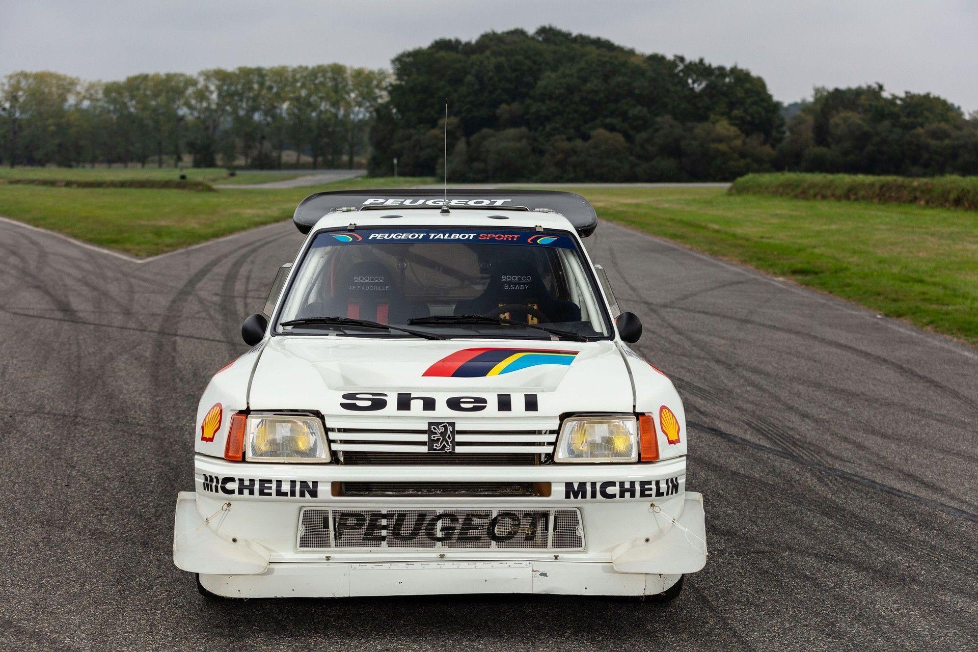 1985_Peugeot_205_Turbo_16_Evolution_2_sale-0051