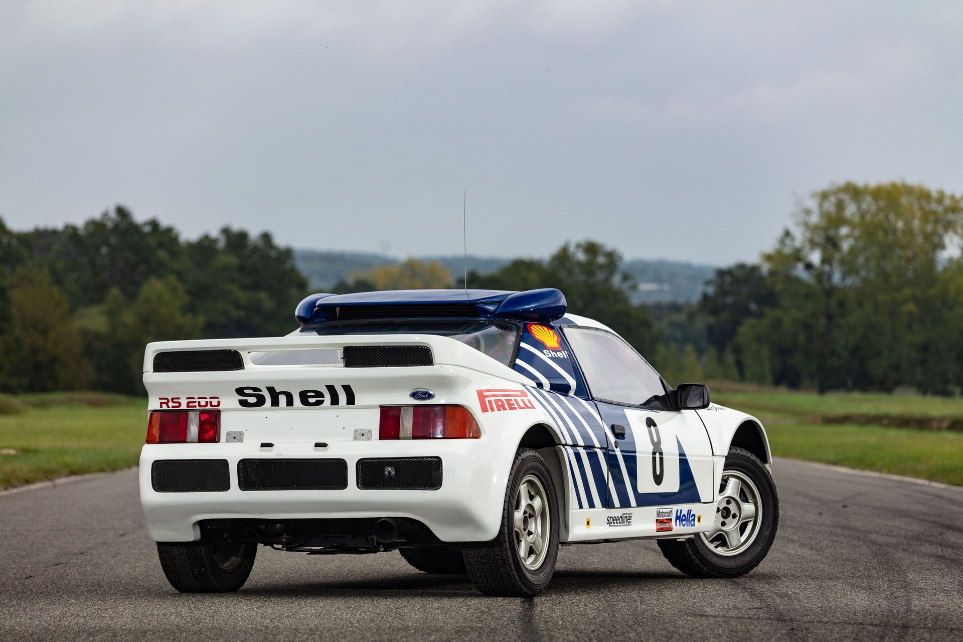 1986-Ford_RS200_sale-0000