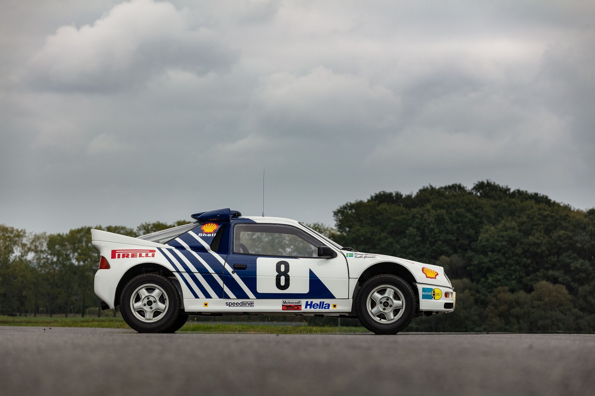 1986-Ford_RS200_sale-0001