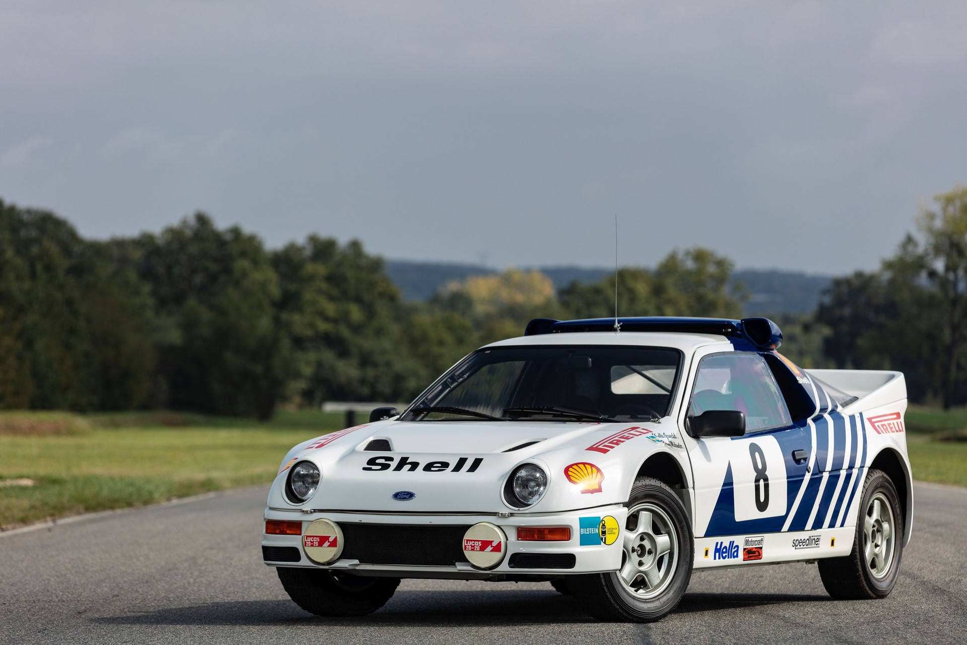 1986-Ford_RS200_sale-0002