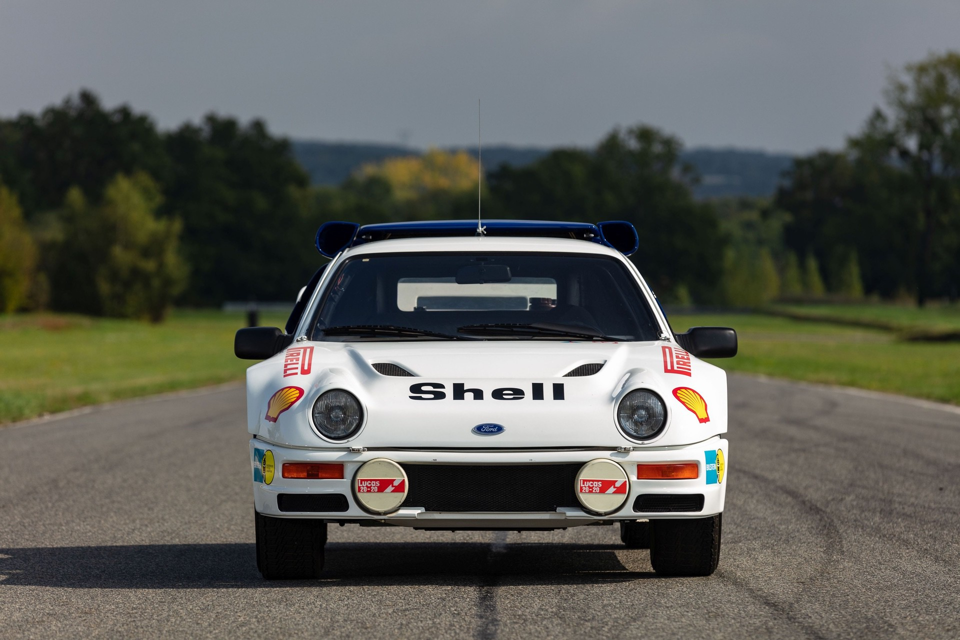 1986-Ford_RS200_sale-0004