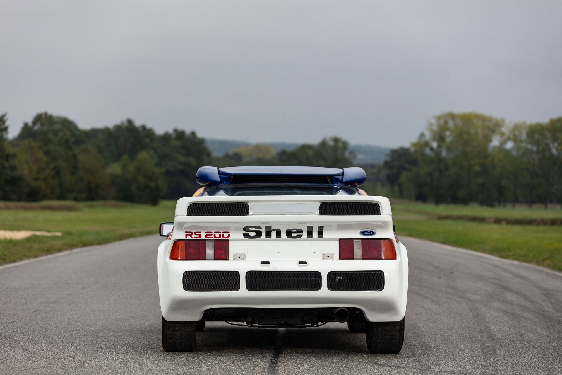1986-Ford_RS200_sale-0005