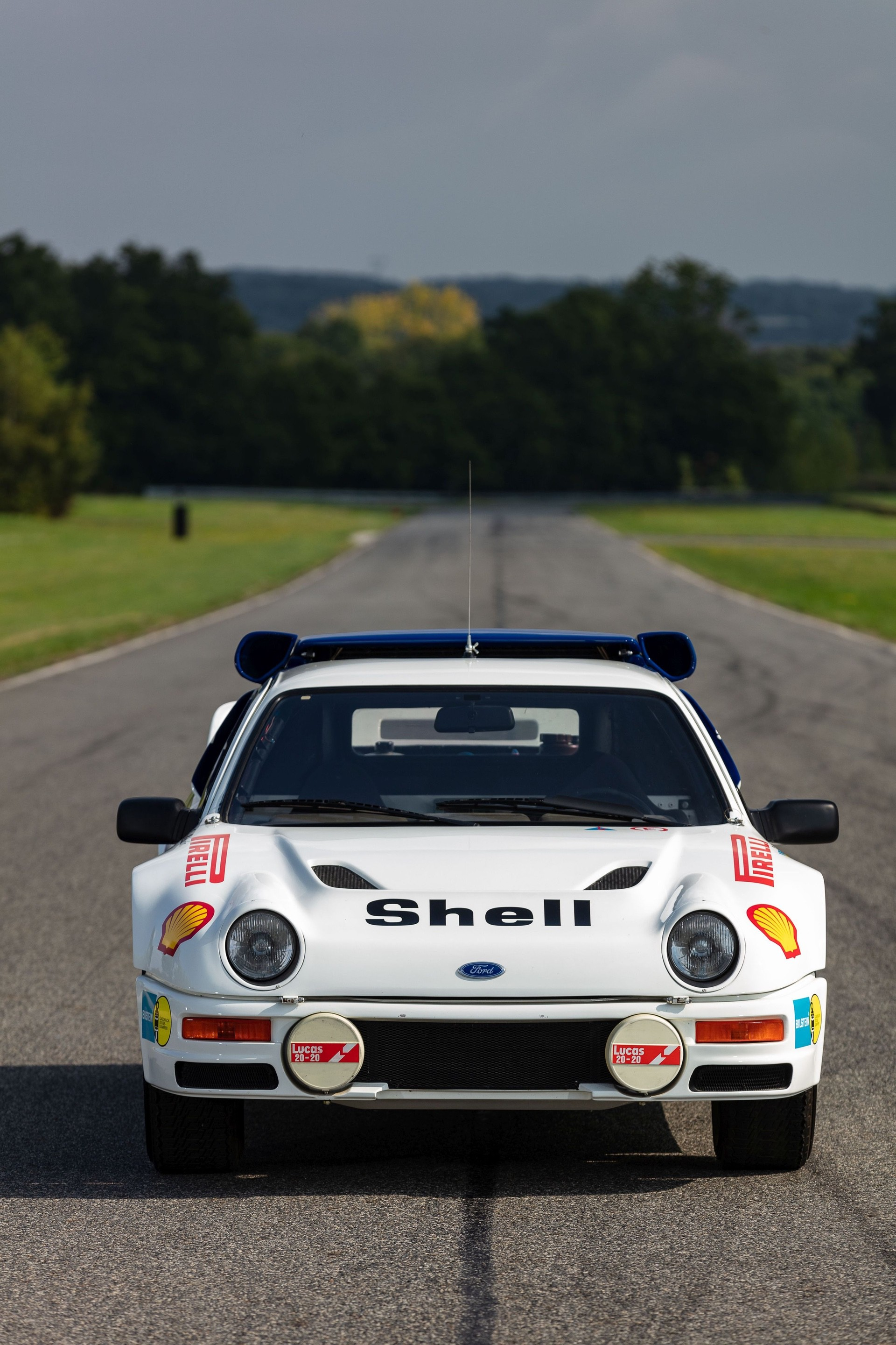 1986-Ford_RS200_sale-0010