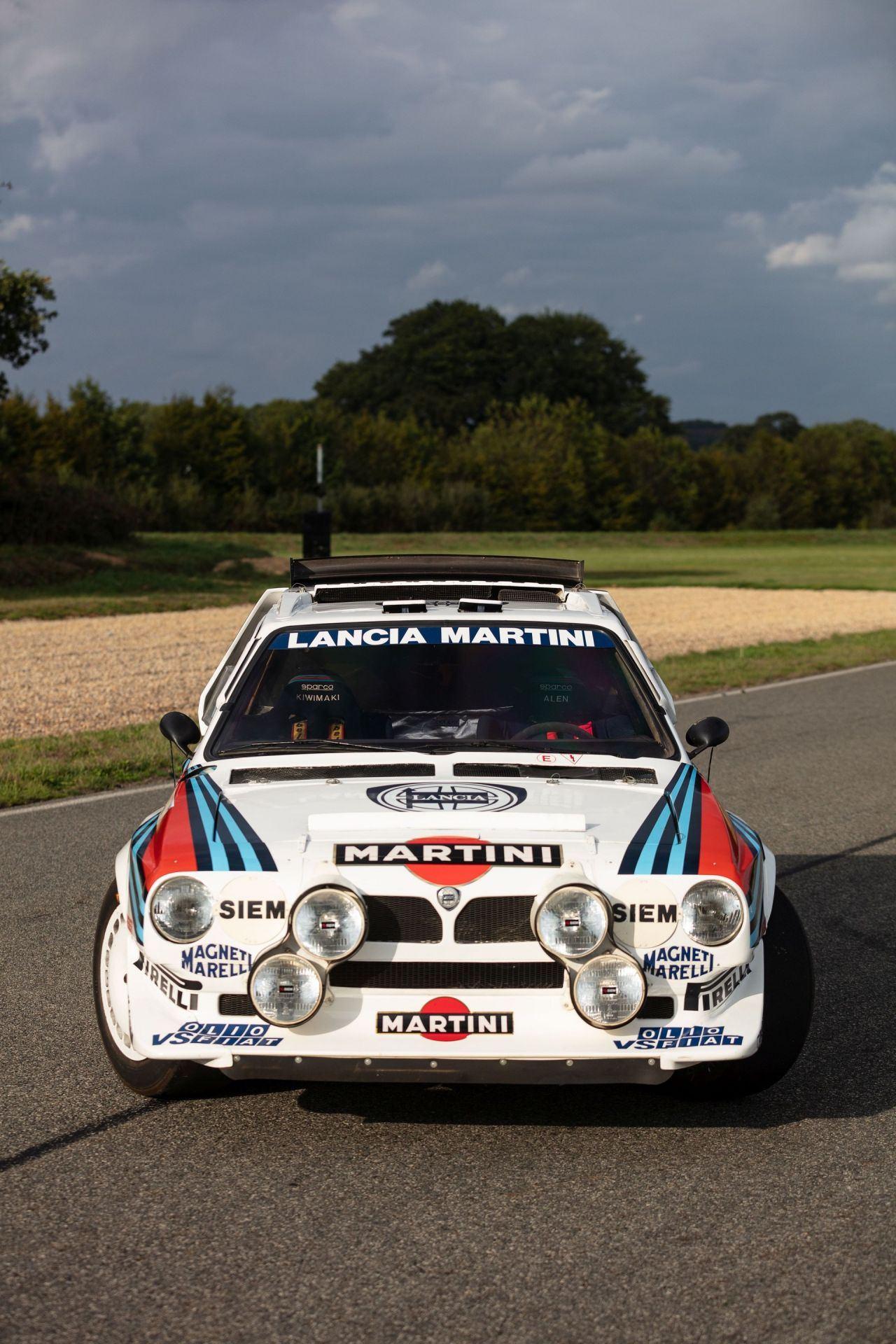 1986_Lancia_Delta_S4_sale-0043