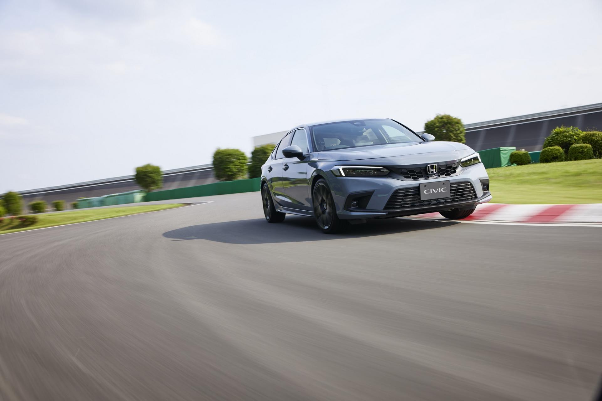 Honda-Civic-hatchback-11