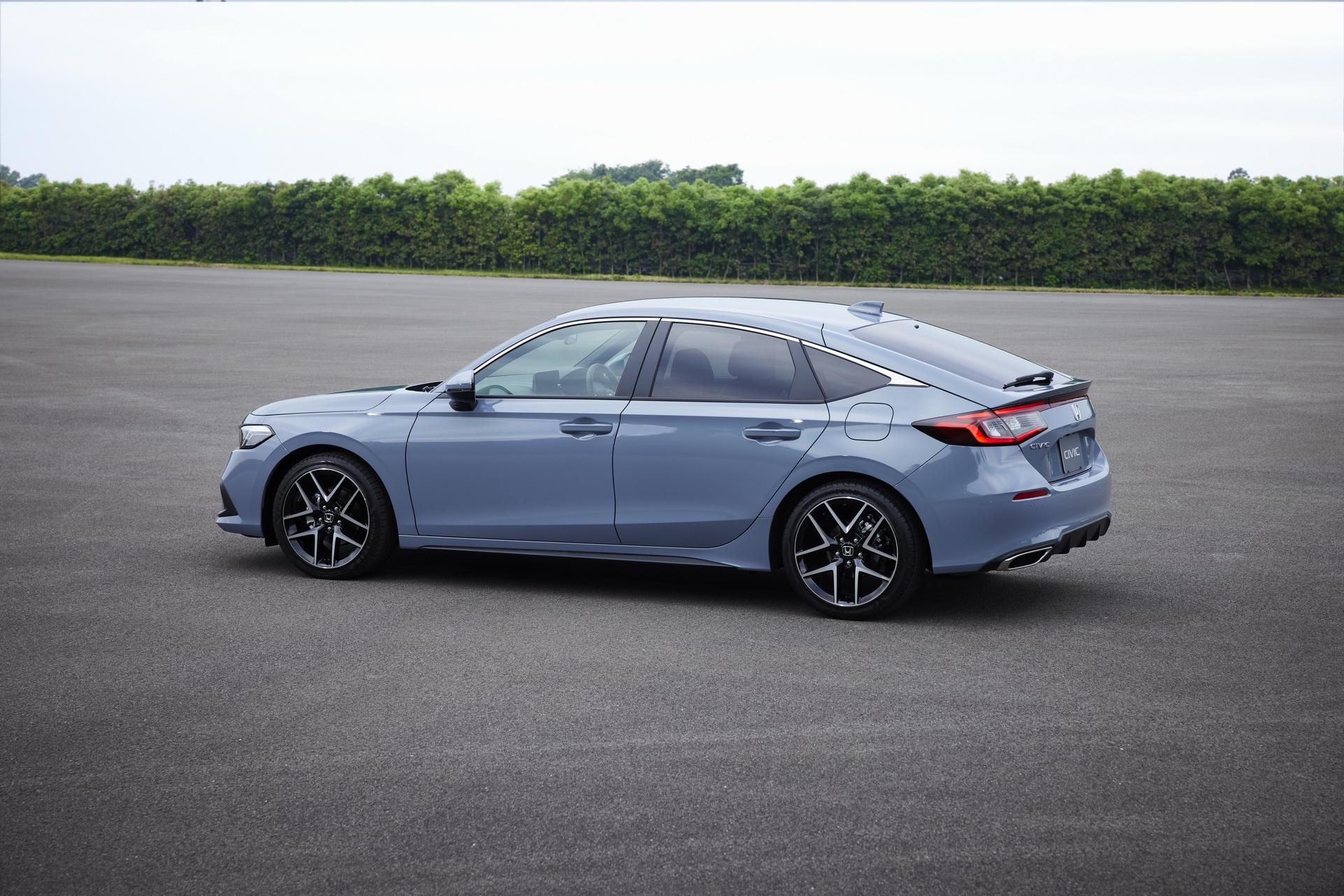 Honda-Civic-hatchback-12