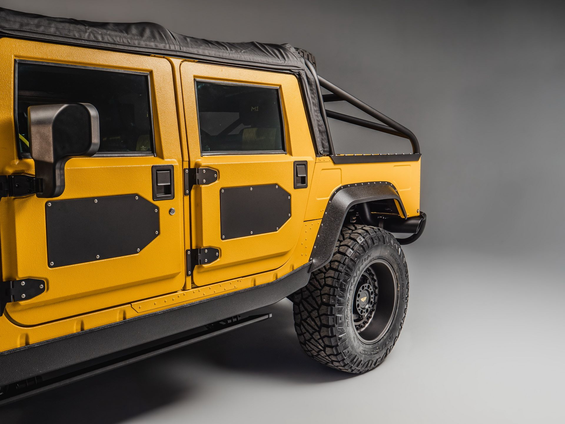 Hummer-M1-R-by-Mil-Spec-25