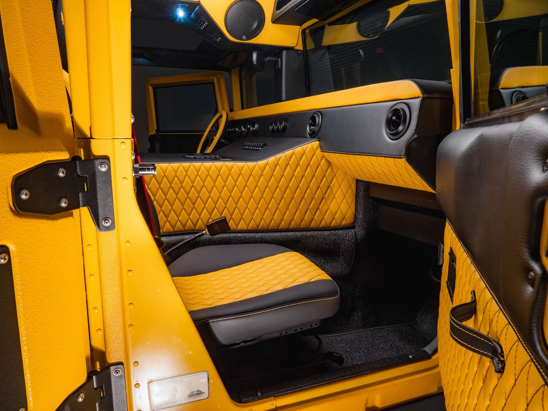 Hummer-M1-R-by-Mil-Spec-39