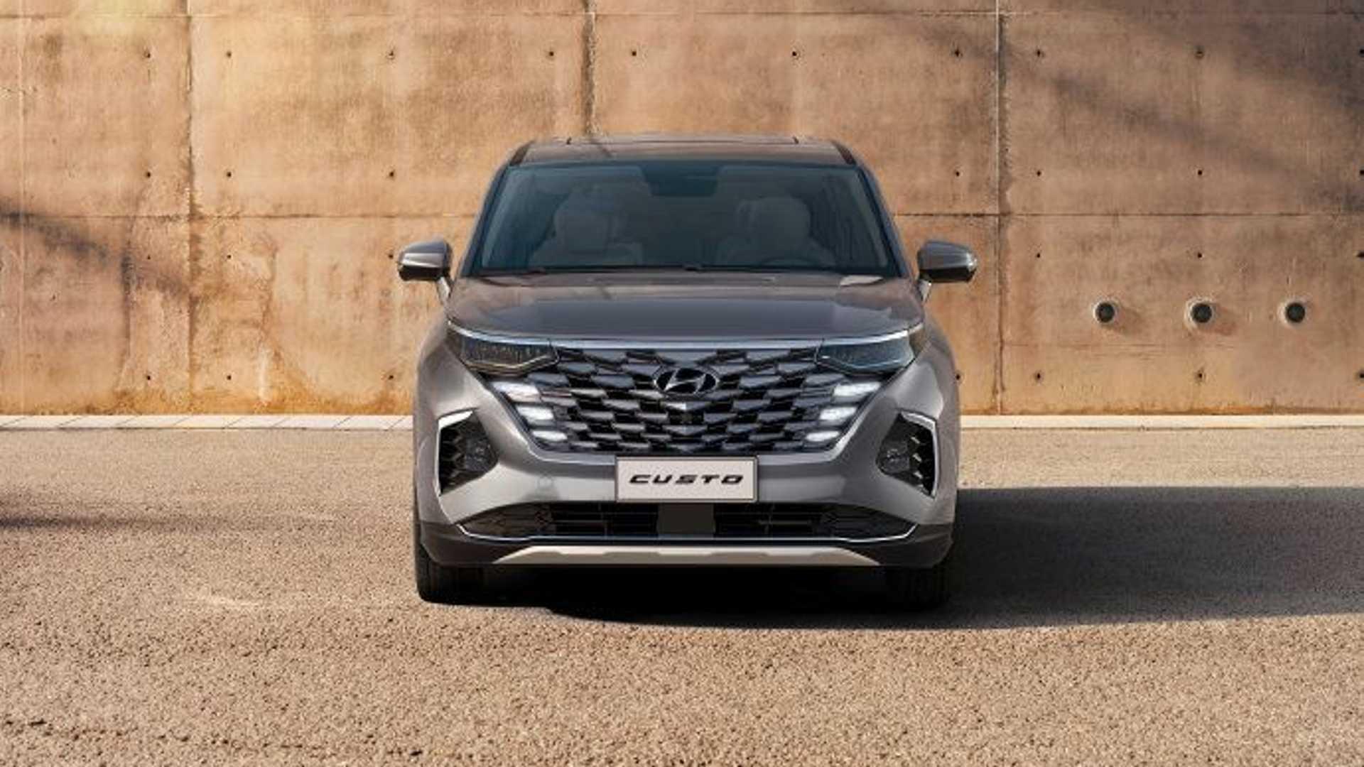 Hyundai-Custo-photos-1