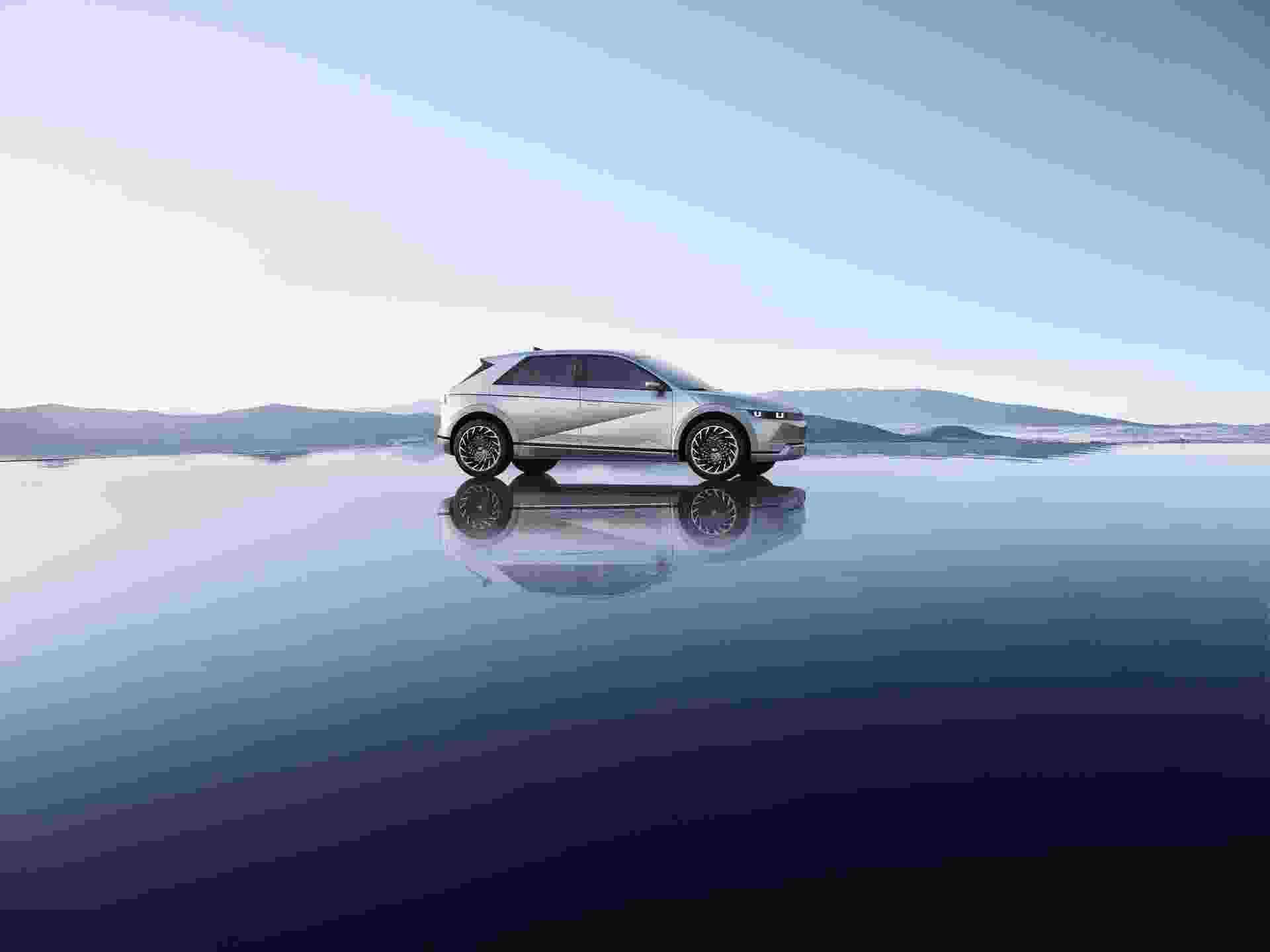 Hyundai_Ioniq_5-0000