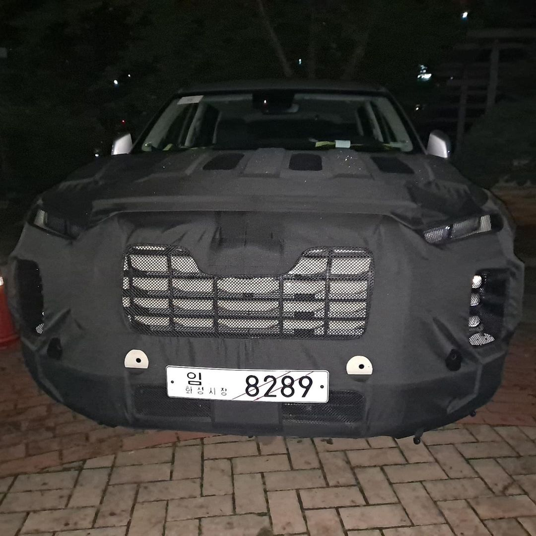 Hyundai-Palisade-facelift-spy-photos-3