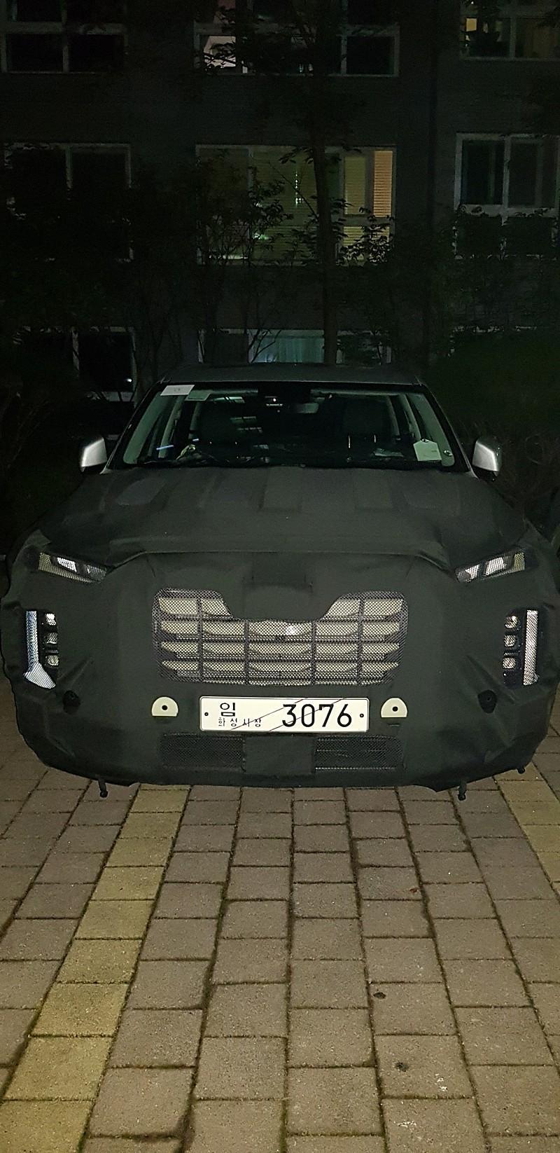 Hyundai-Palisade-facelift-spy-photos-6