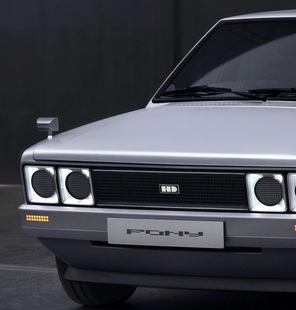 Hyundai-Pony-EV-Heritage-6