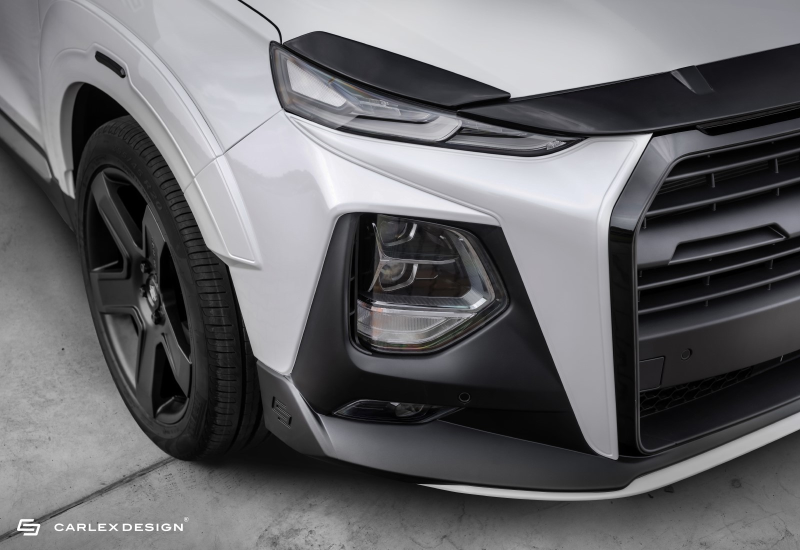 Hyundai-Santa-Fe-by-Carlex-Design-2