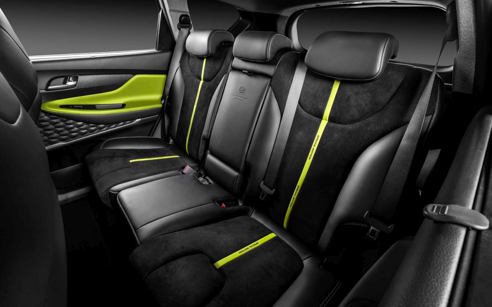 Hyundai-Santa-Fe-by-Carlex-Design-23