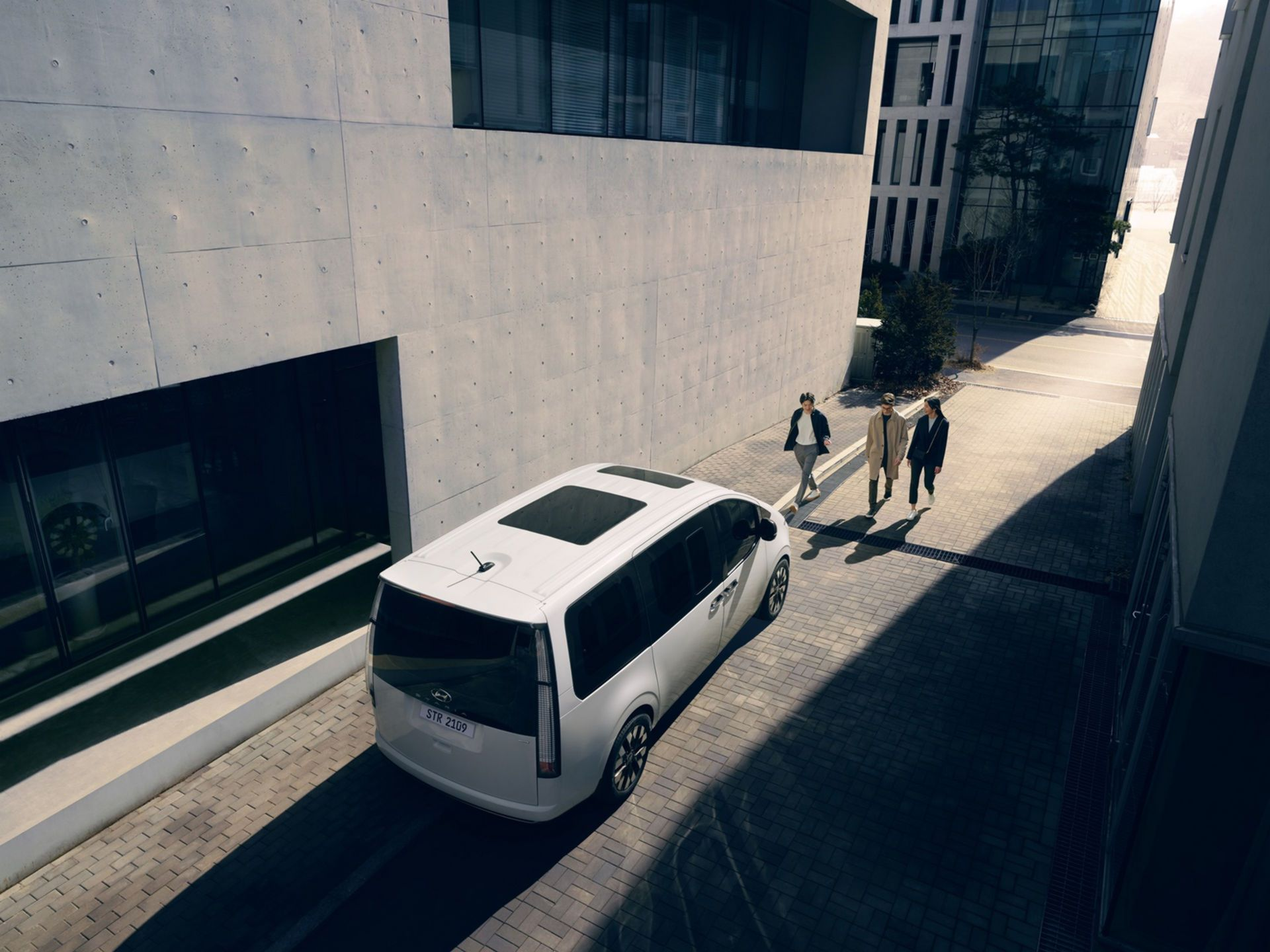 Hyundai-Staria-26