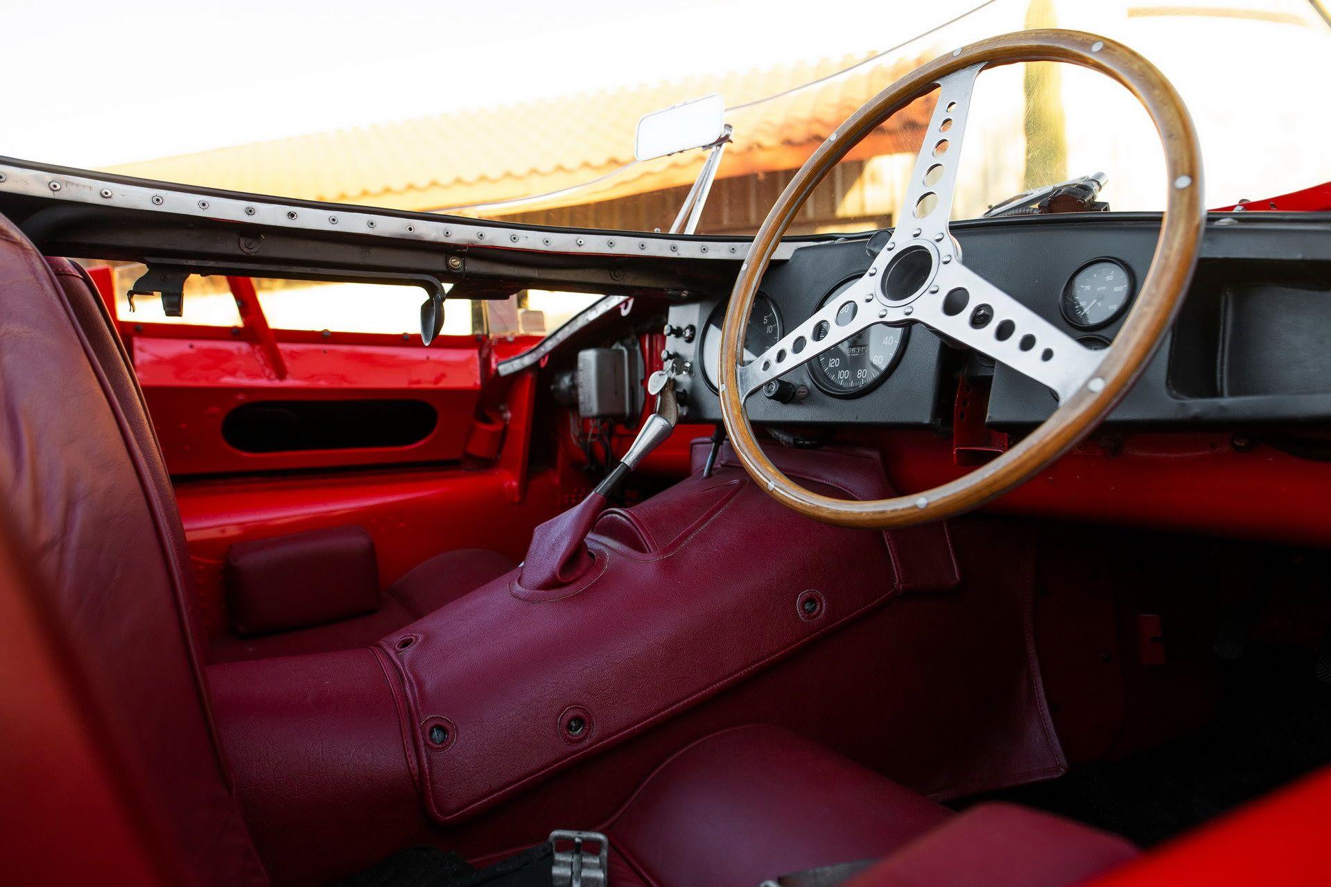 Jaguar-D-Type-1955-auction-28