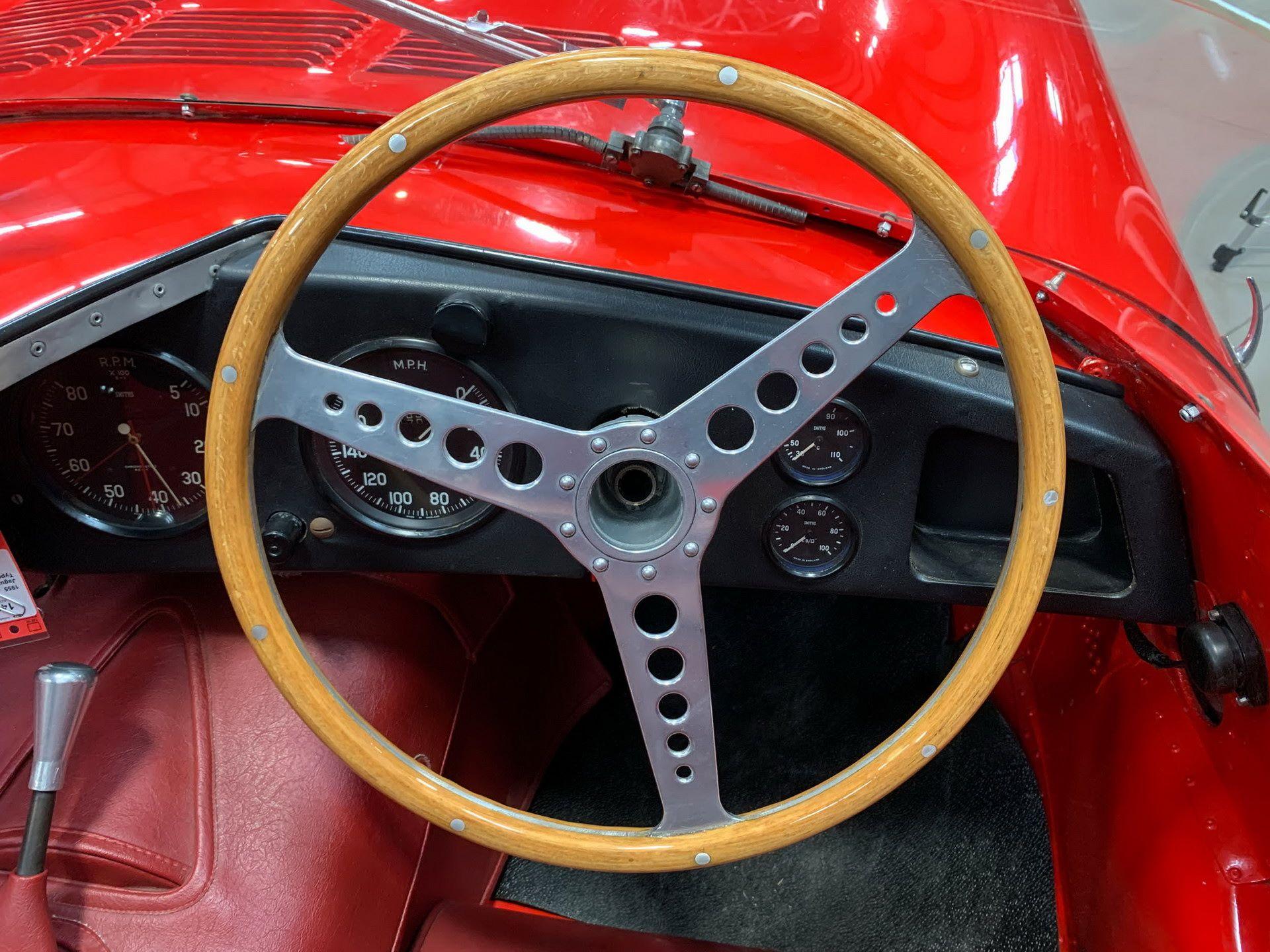 Jaguar-D-Type-1955-auction-38