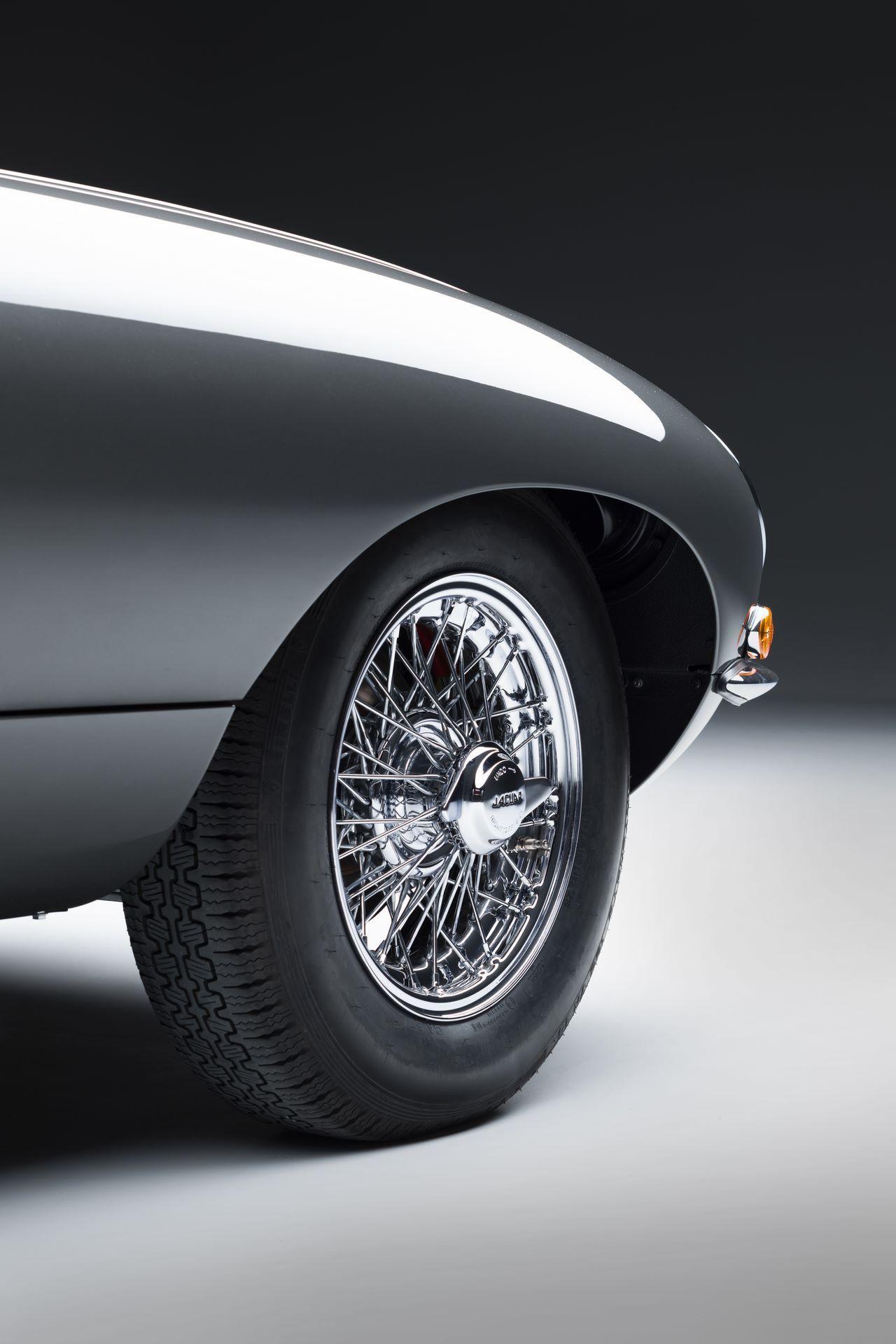 Jaguar-E-Type-60-Collection-15