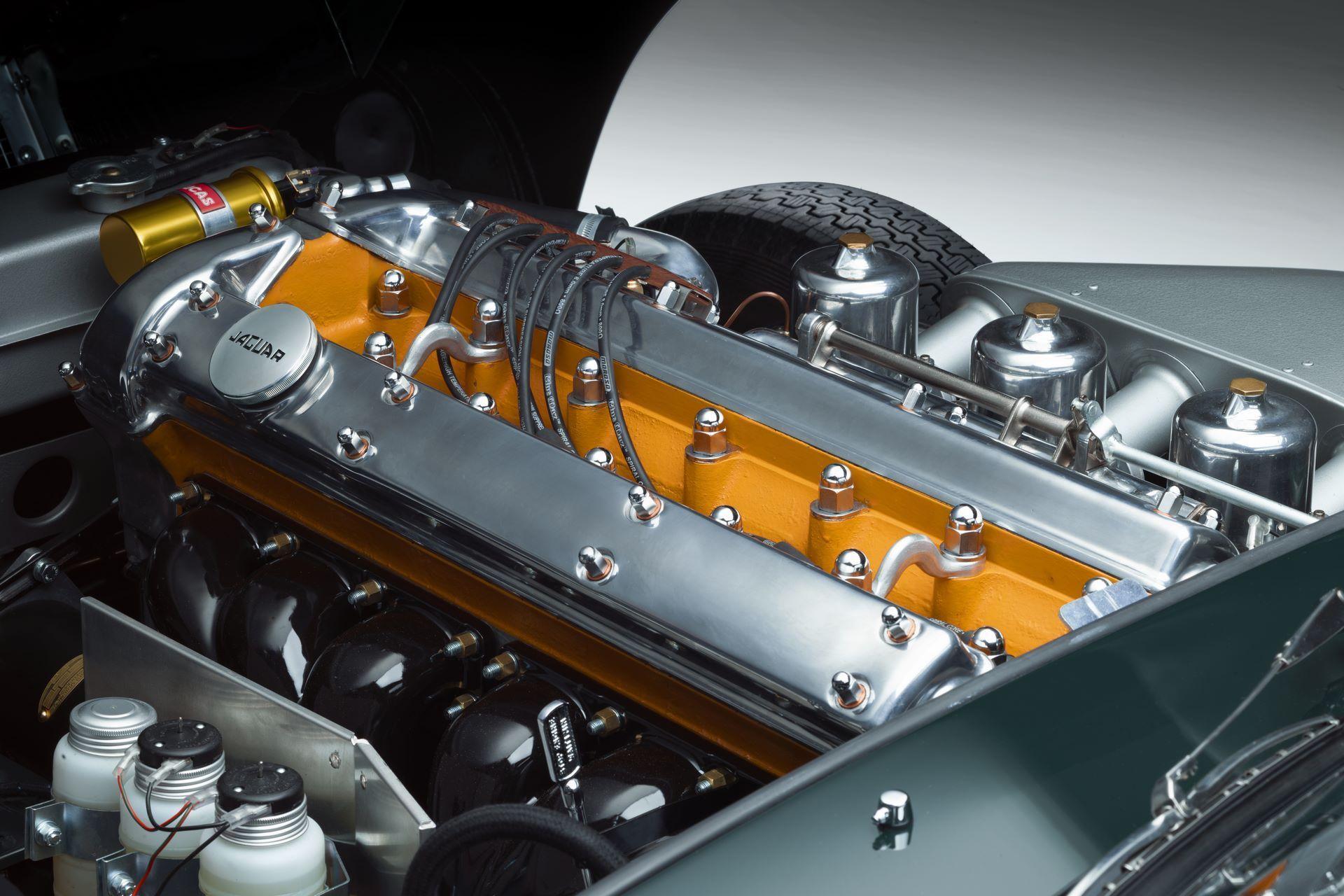 Jaguar-E-Type-60-Collection-24