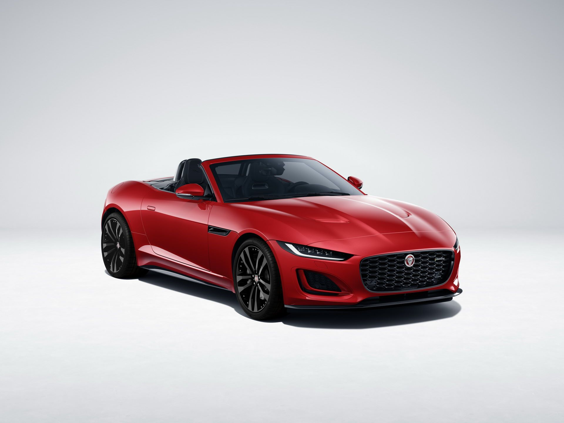 2021-Jaguar-F-Type-R-Dynamic-Black-Edition-1