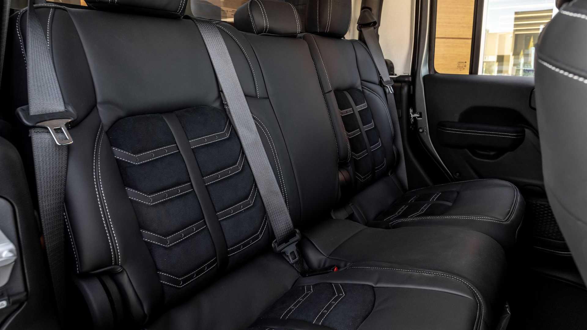 Jeep-Gladiator-6x6-by-Next-Level-23