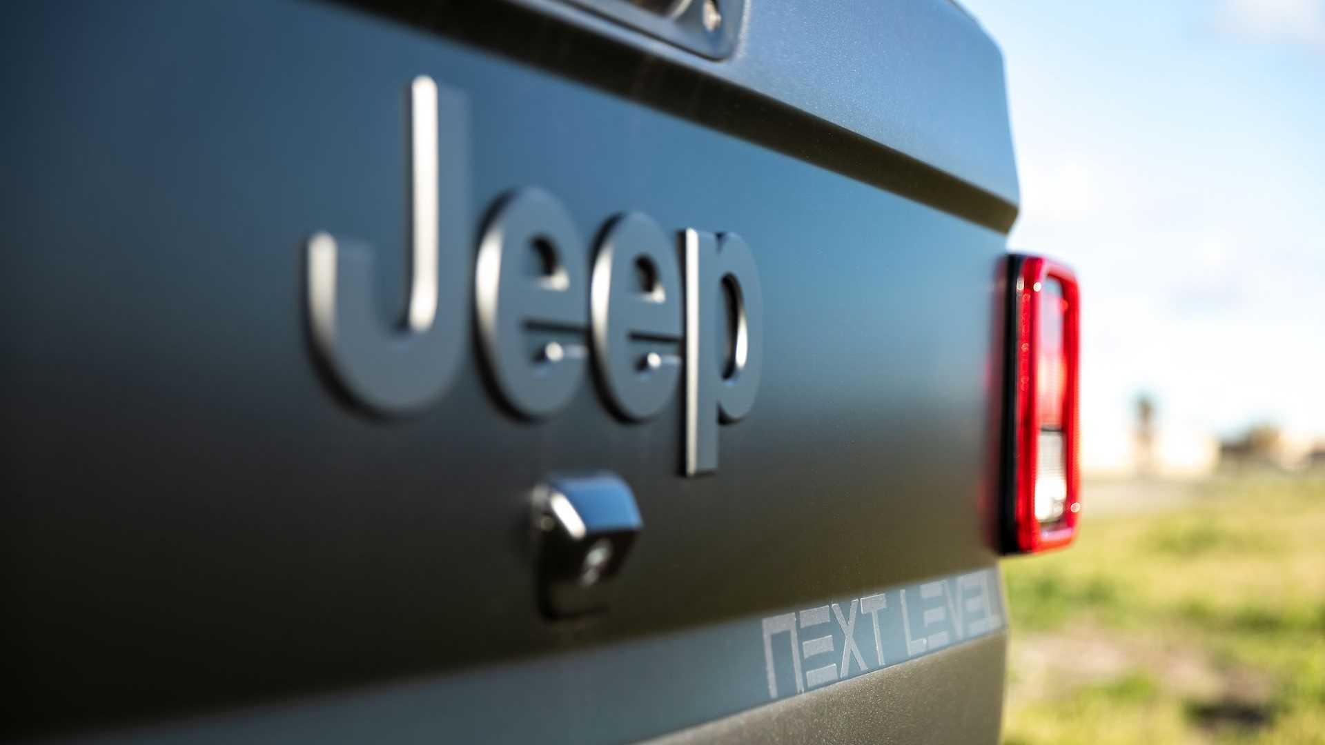 Jeep-Gladiator-6x6-by-Next-Level-24
