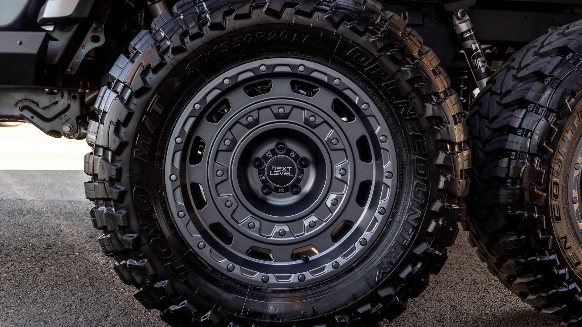 Jeep-Gladiator-6x6-by-Next-Level-34