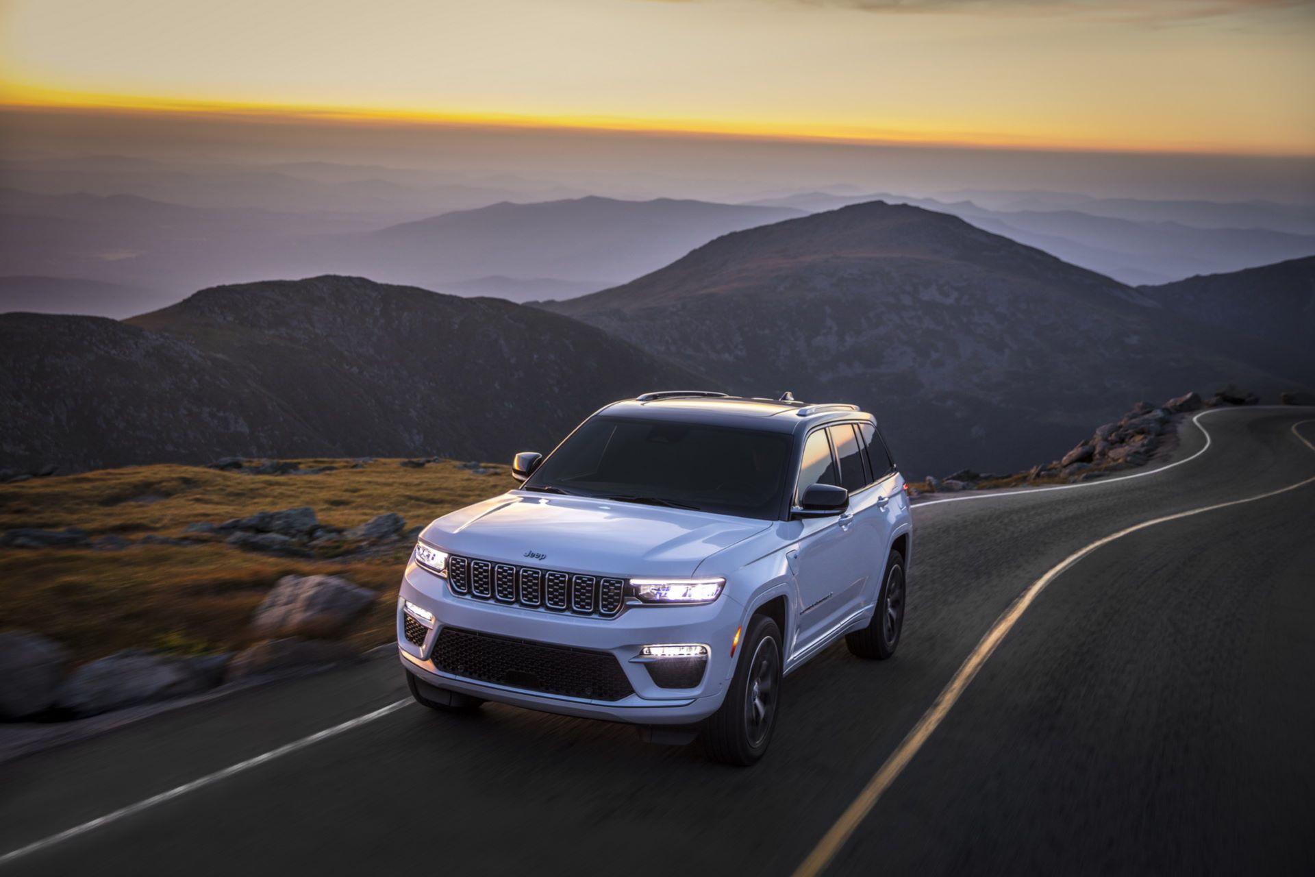Jeep-Grand-Cherokee-2022-110