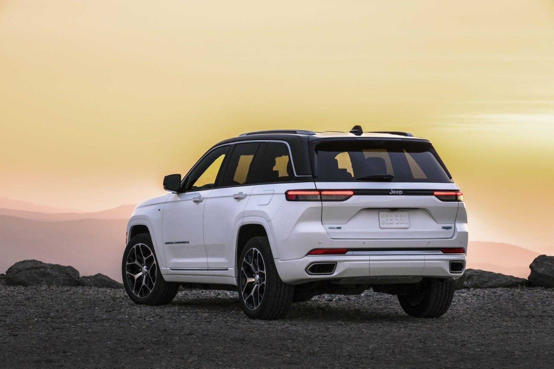 Jeep-Grand-Cherokee-2022-112