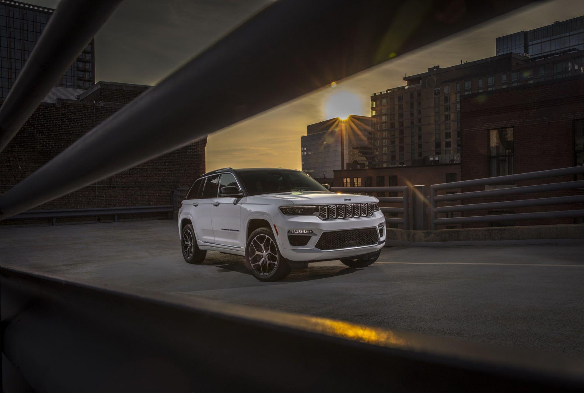 Jeep-Grand-Cherokee-2022-114