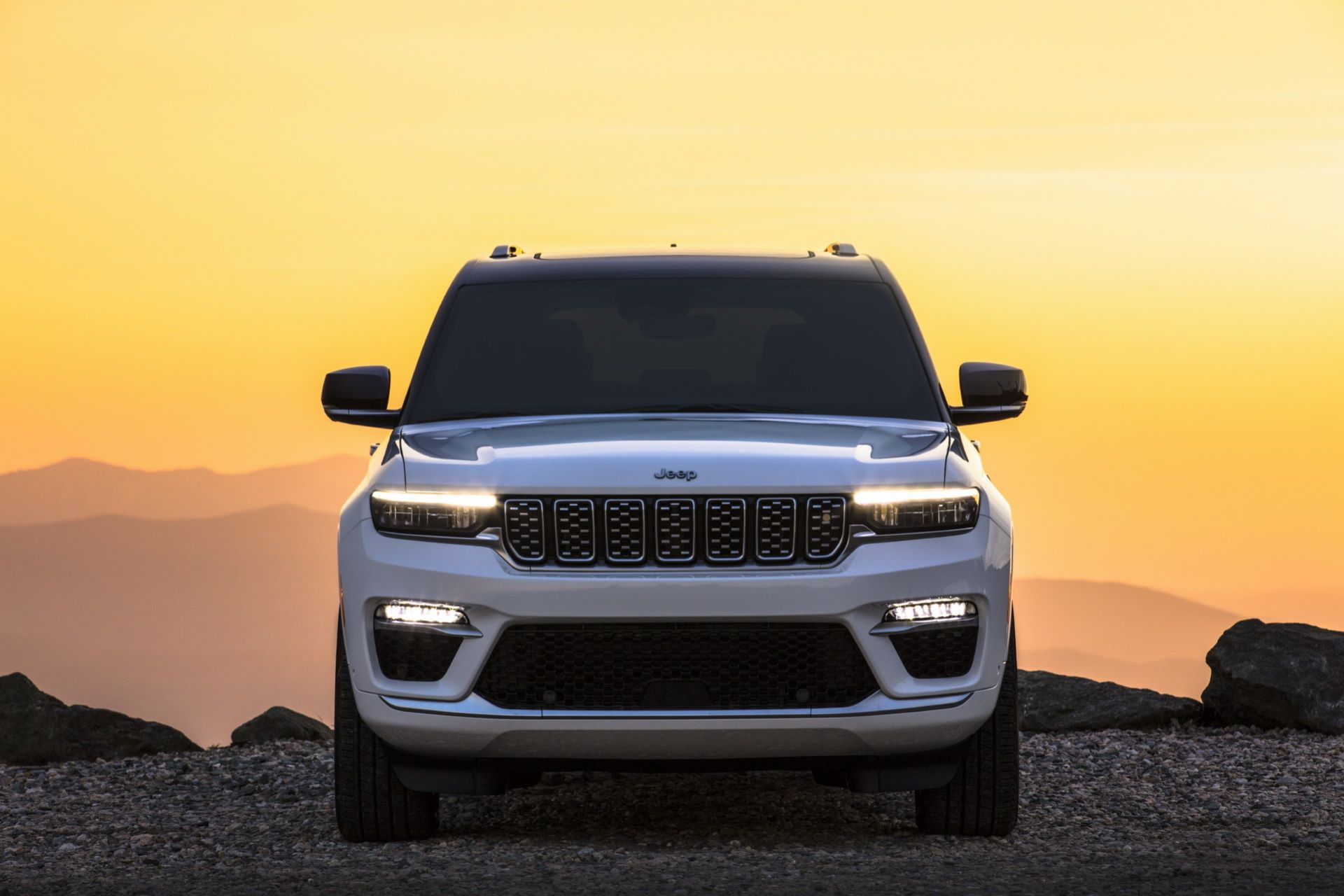 Jeep-Grand-Cherokee-2022-115