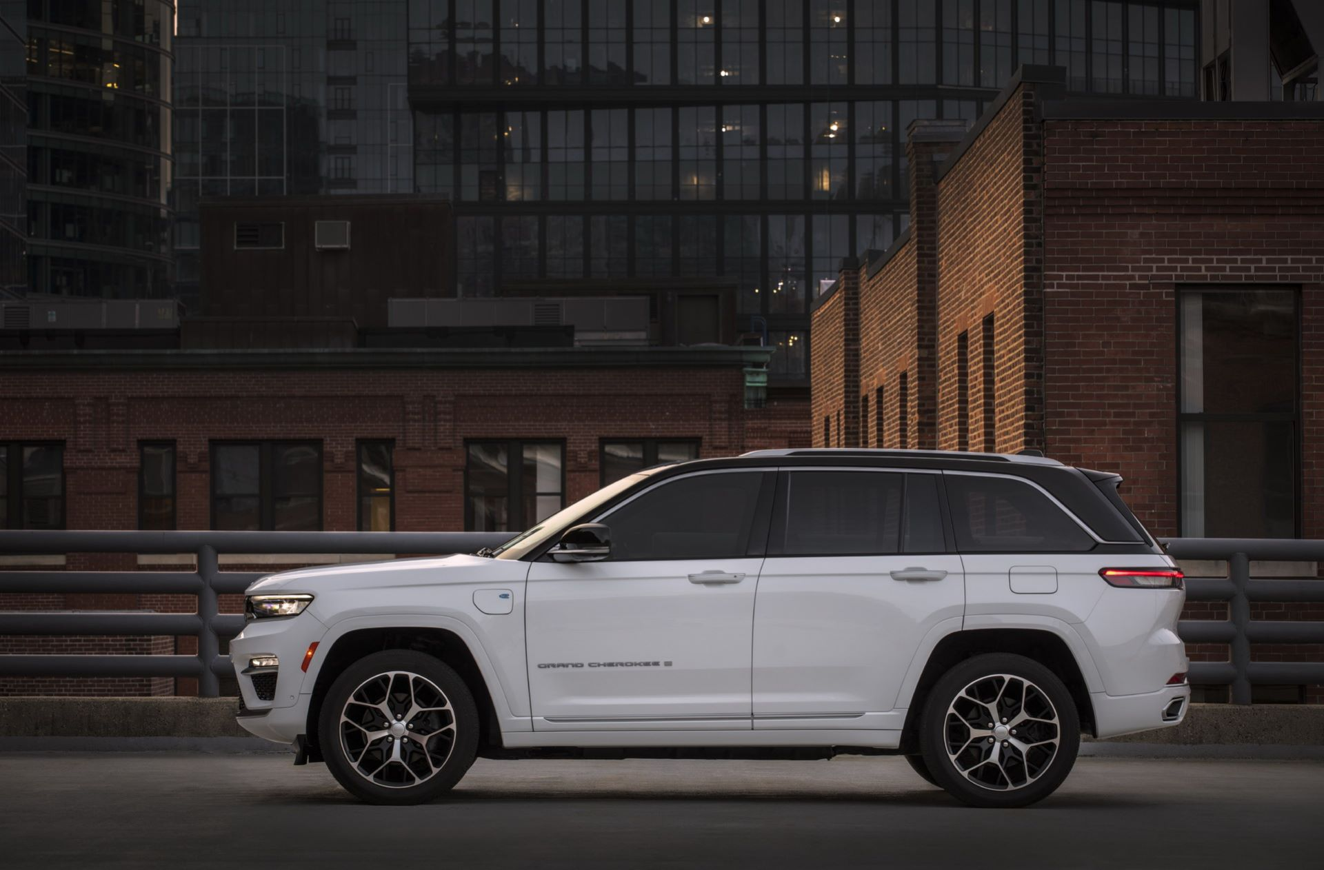 Jeep-Grand-Cherokee-2022-118