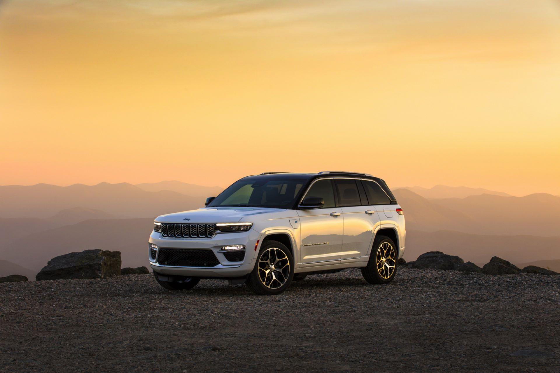 Jeep-Grand-Cherokee-2022-119