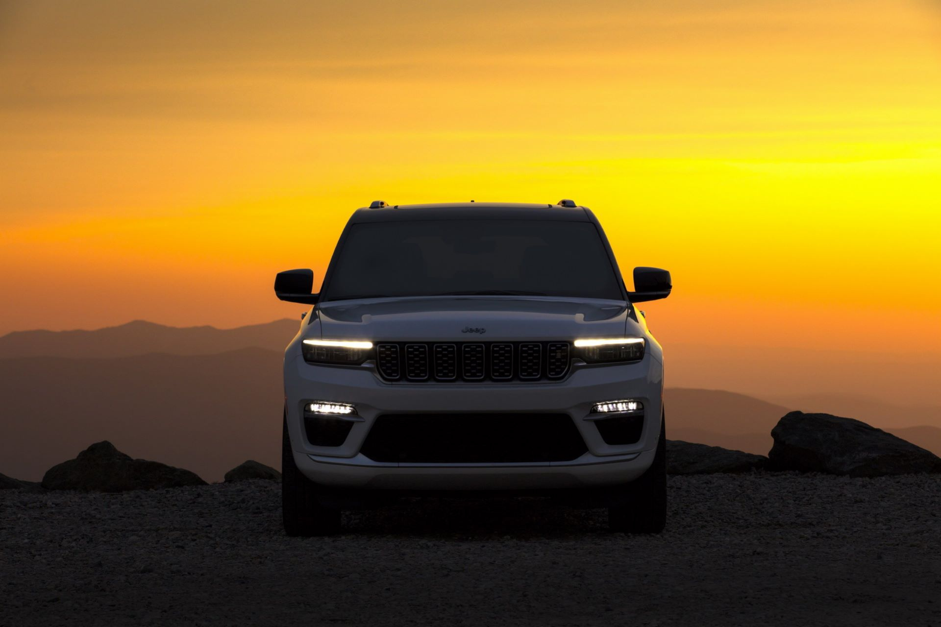 Jeep-Grand-Cherokee-2022-121