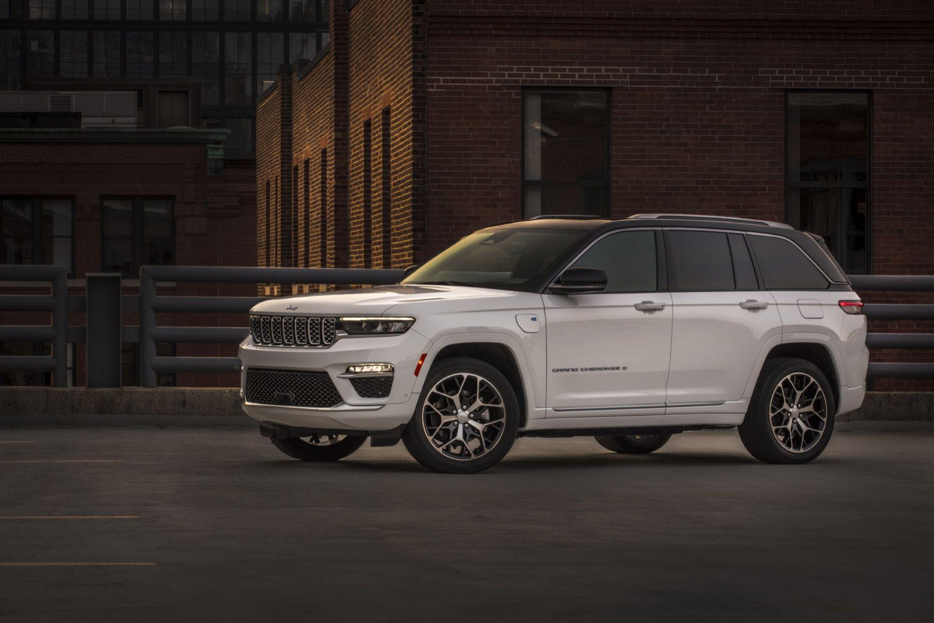 Jeep-Grand-Cherokee-2022-124