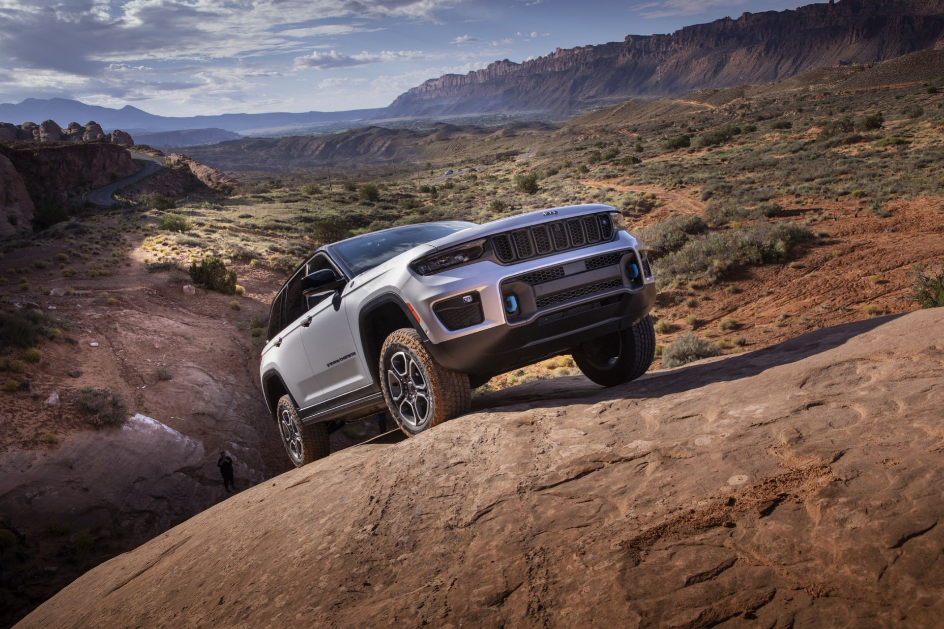 Jeep-Grand-Cherokee-2022-14