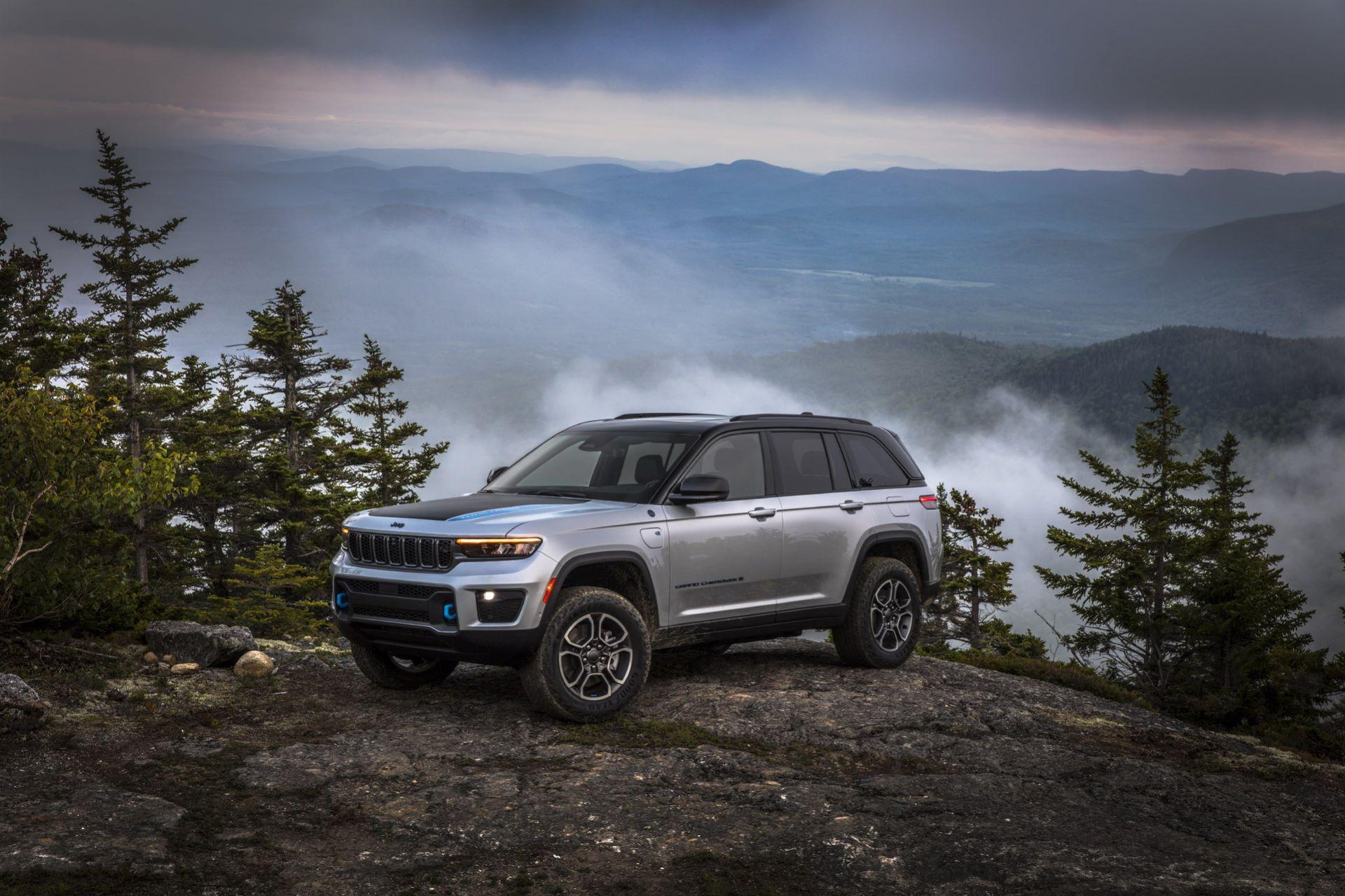 Jeep-Grand-Cherokee-2022-27
