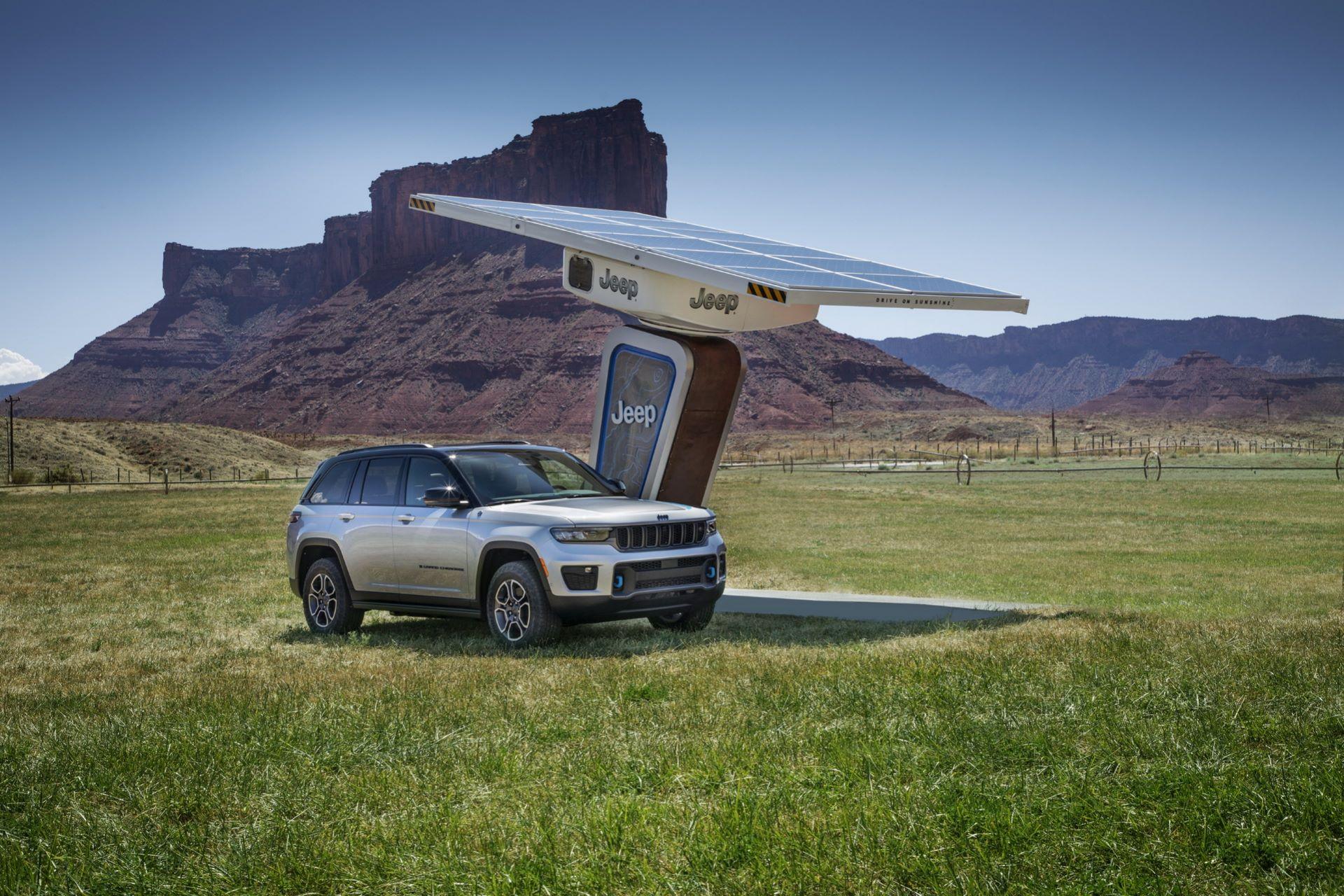 Jeep-Grand-Cherokee-2022-4