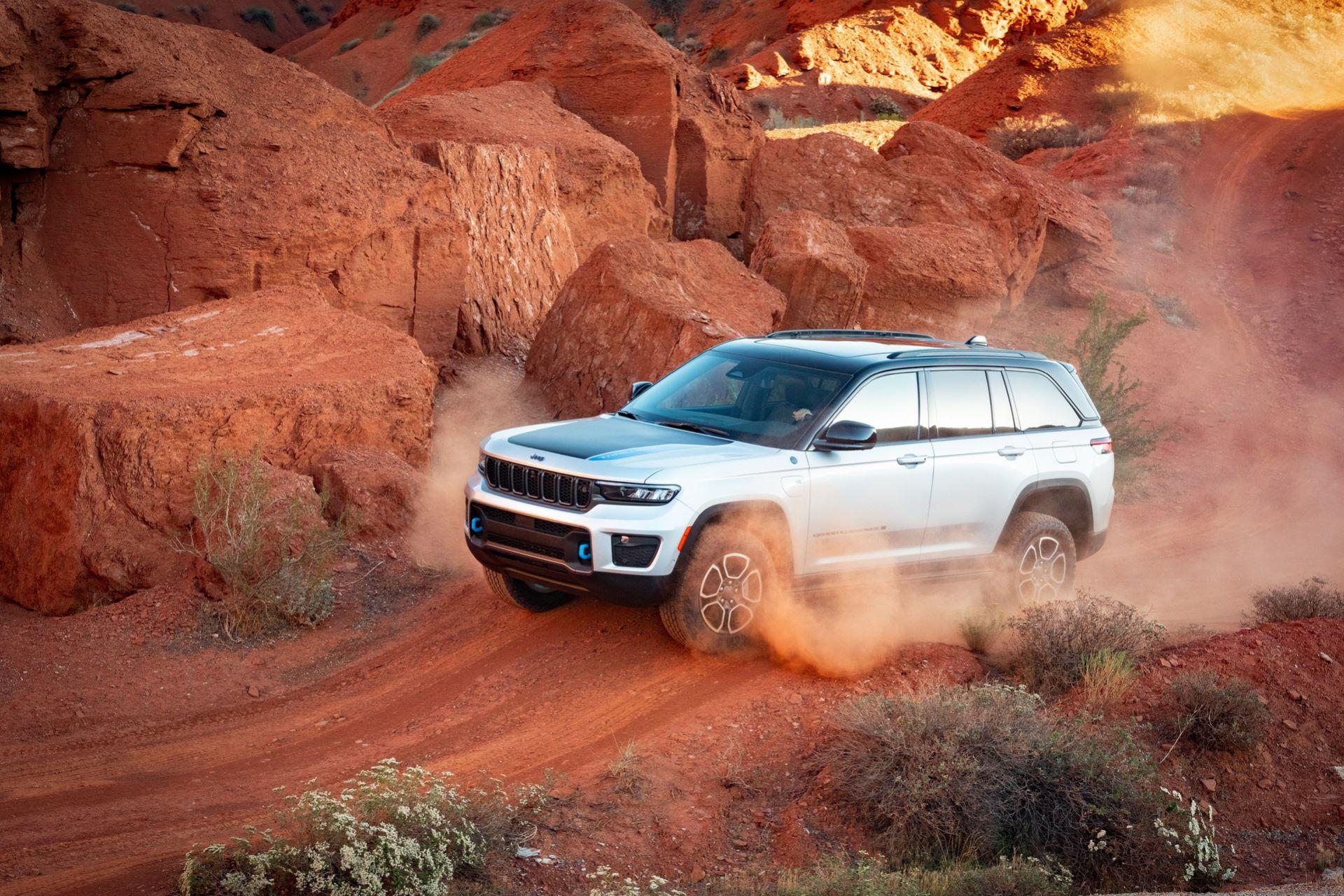 Jeep-Grand-Cherokee-2022-6