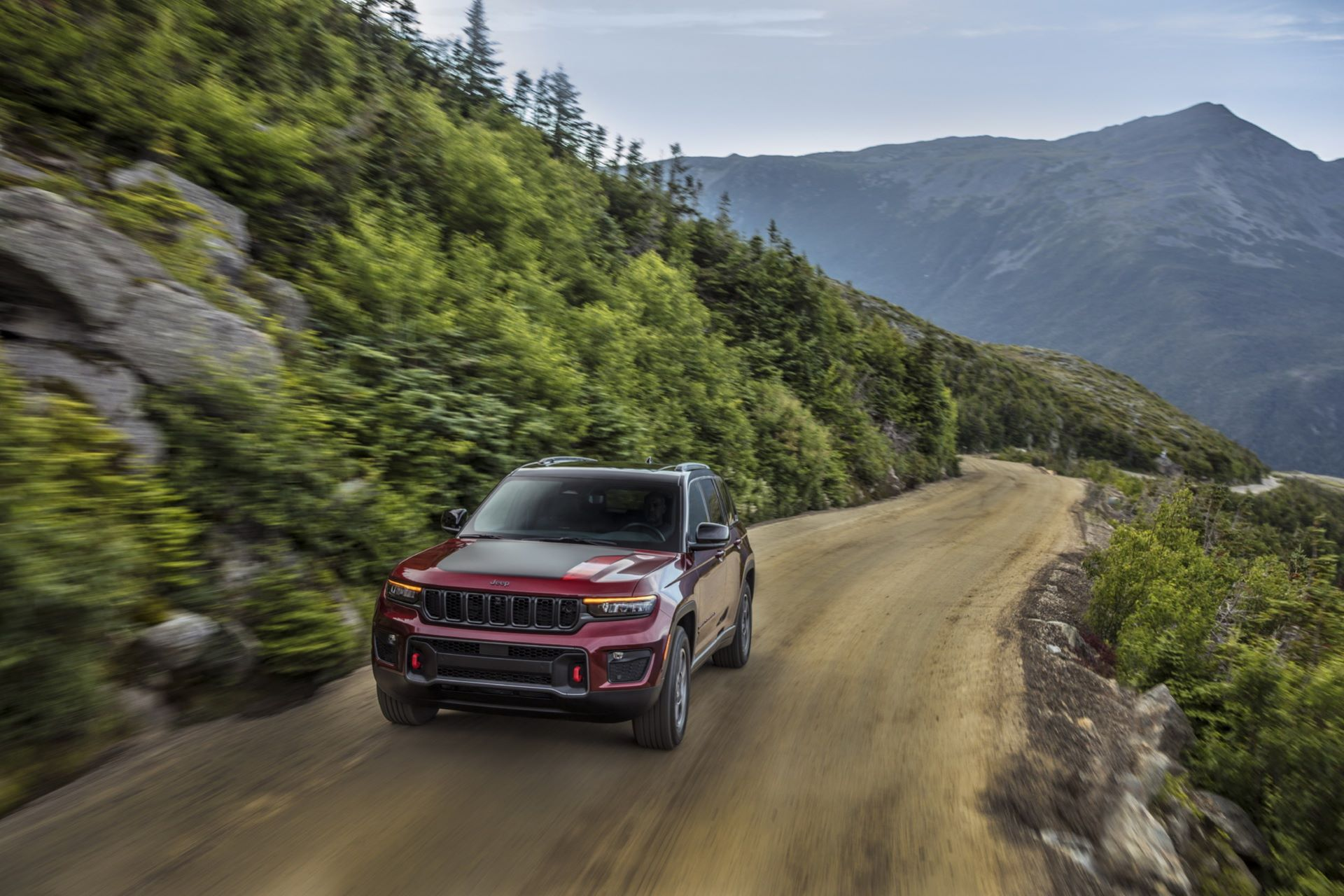 Jeep-Grand-Cherokee-2022-70