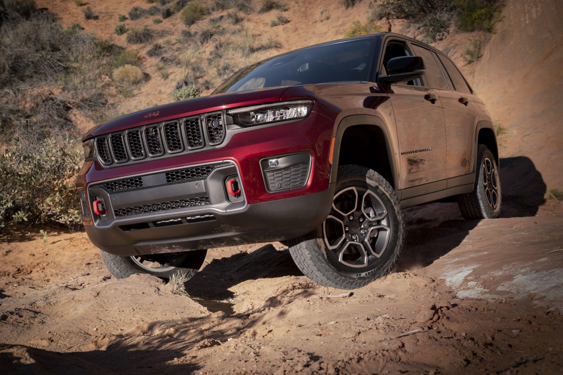 Jeep-Grand-Cherokee-2022-71