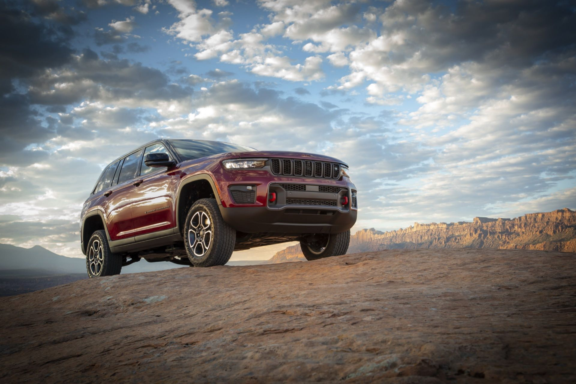 Jeep-Grand-Cherokee-2022-76