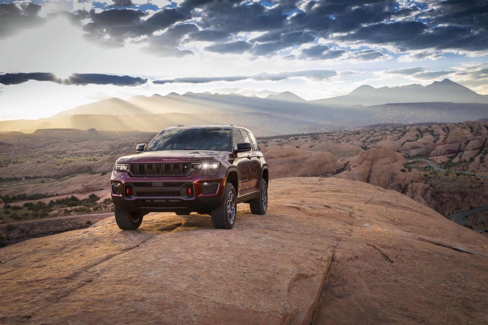 Jeep-Grand-Cherokee-2022-77