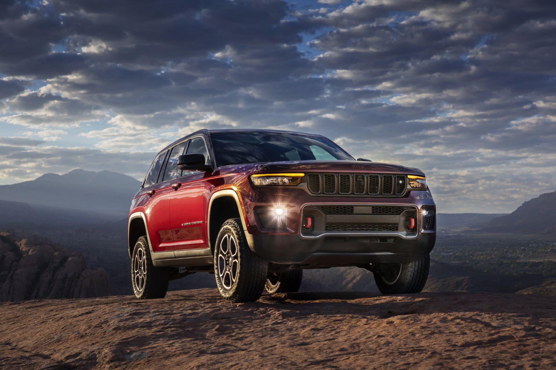 Jeep-Grand-Cherokee-2022-78